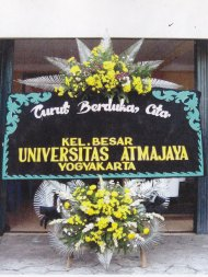 Online florist in yogyakarta AGATHA 0813.7781.4661 - 2 titik h